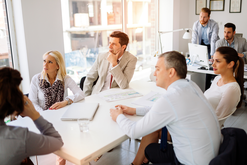Imagem ilustrando uma equipe de CSC, responsável pela redução de custos da empresa