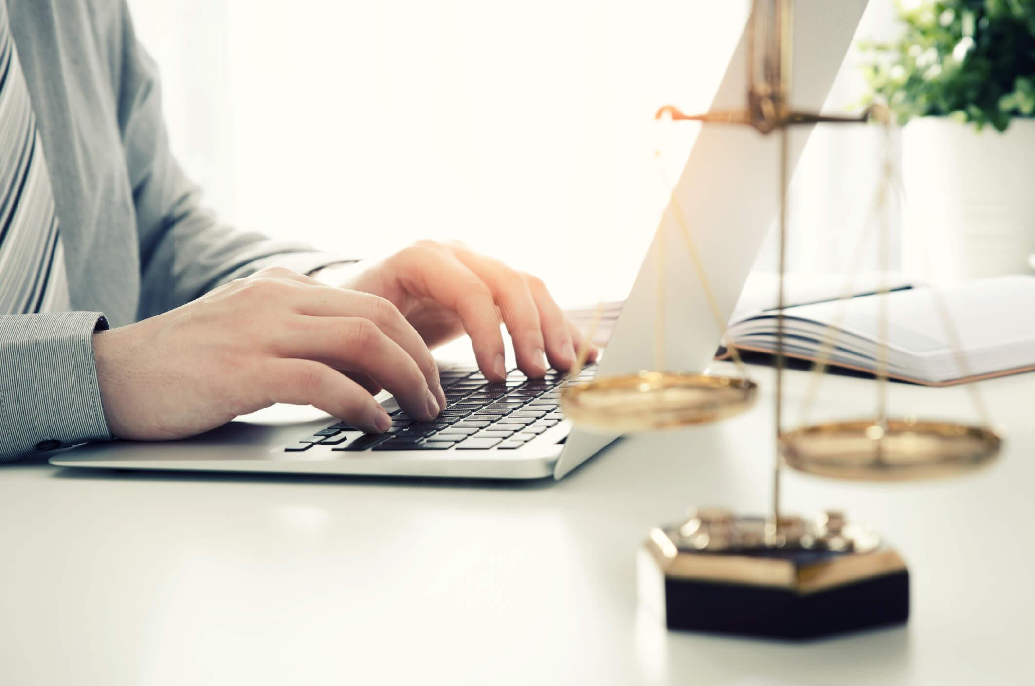 benefícios do crm para advogados